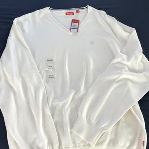 IZOD light cream colored men's XLT sweater